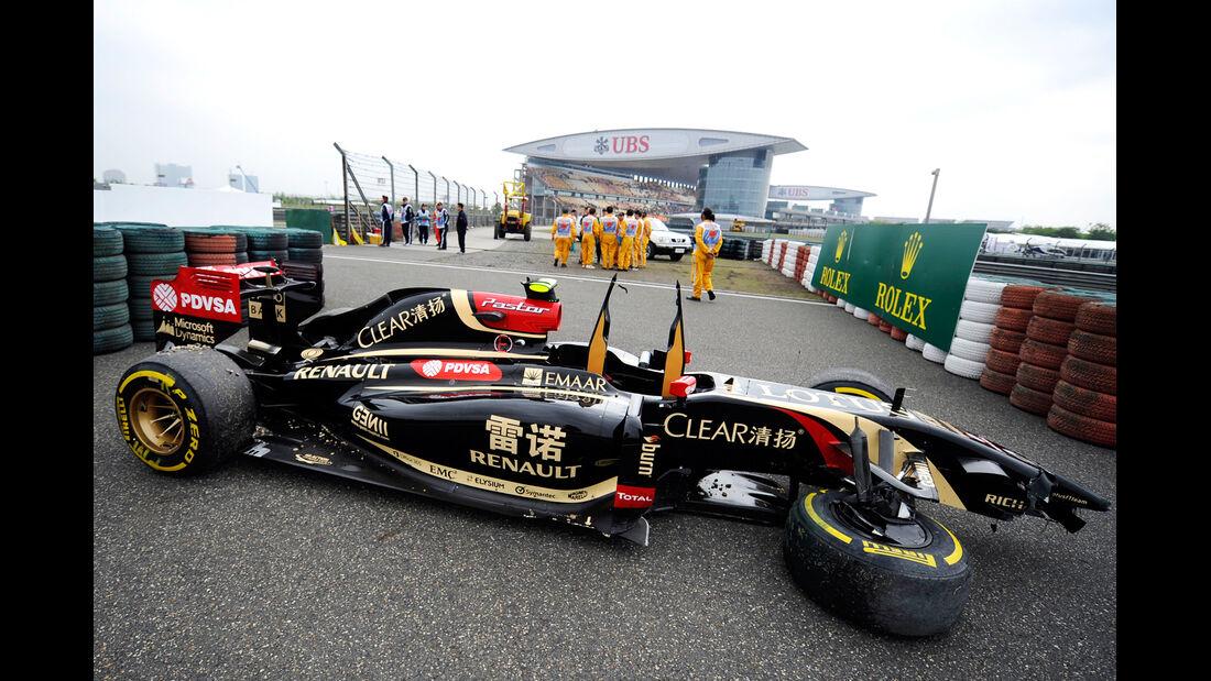 Pastor Maldonado - GP China - Crashs 2014