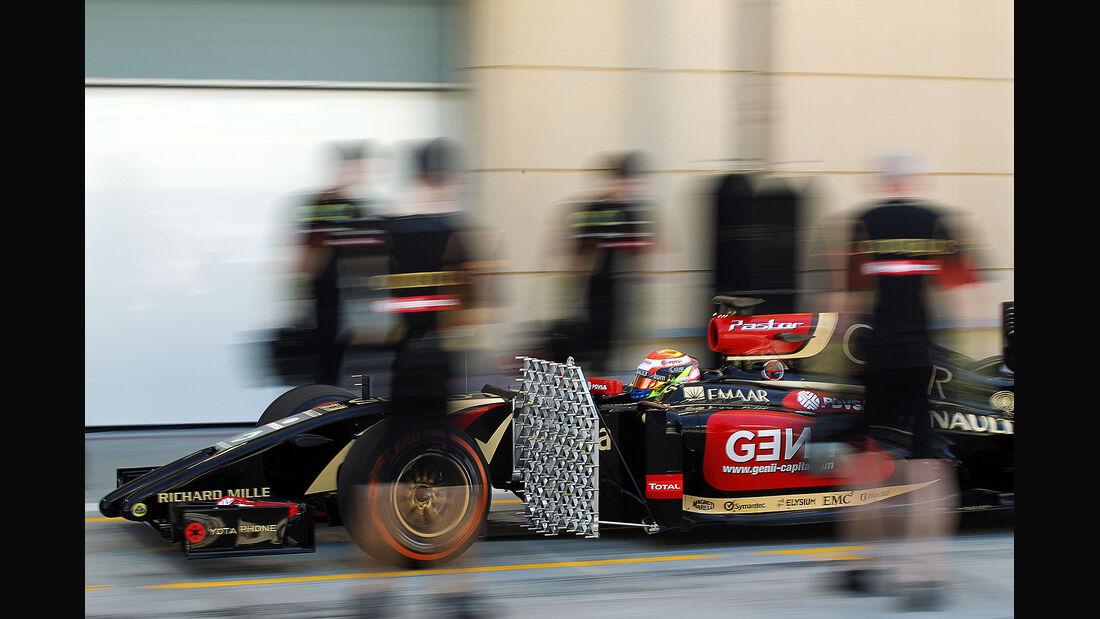 Pastor Maldonado - Lotus - Formel 1 - Bahrain - Test - 21. Februar 2014