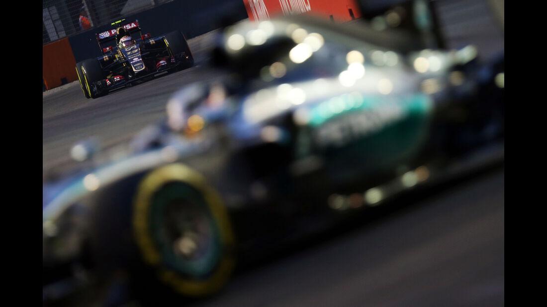 Pastor Maldonado - Lotus - Formel 1 - GP Singapur - 18. September 2015