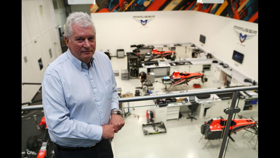 Pat Symonds - Marussia - Fabrik - 2013