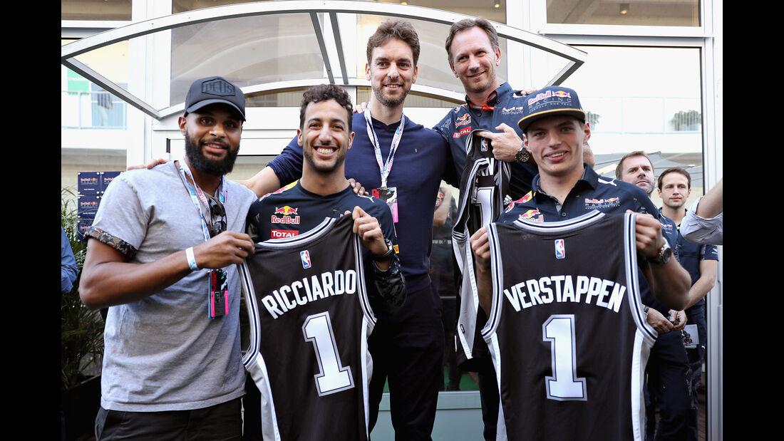 Pau Gasol, Patty Mills, Daniel Ricciardo & Max Verstappen  - GP USA 2016