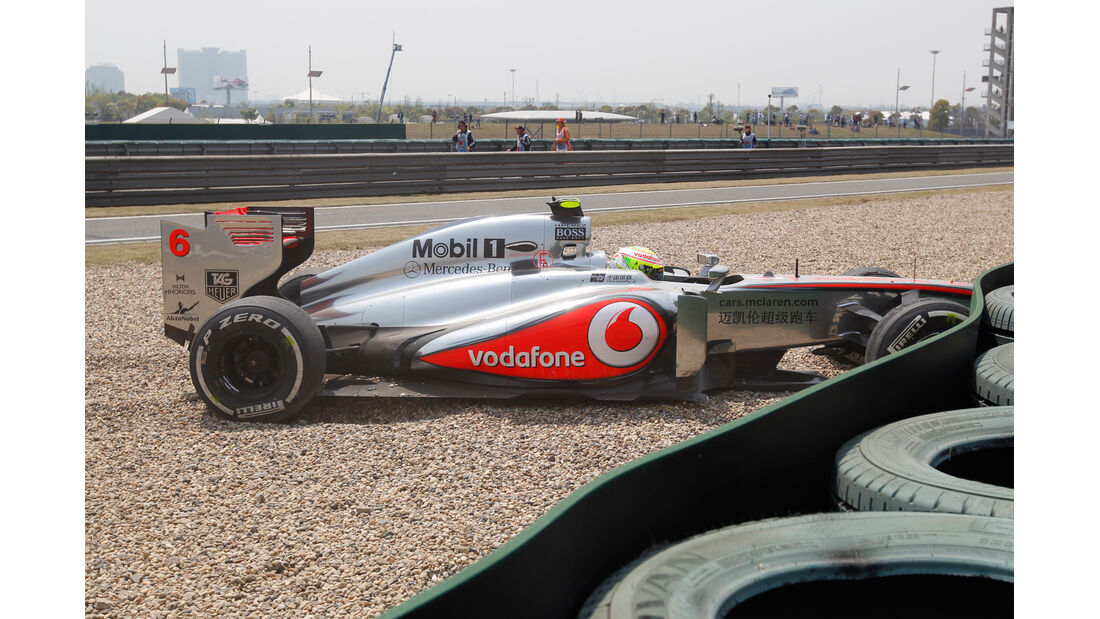 Perez - GP China - Crash - 2013