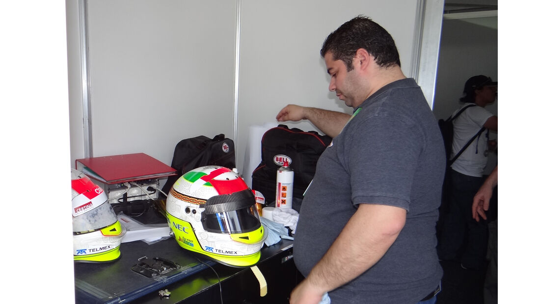 Perez-Helm - GP Australien - 14. März 2012