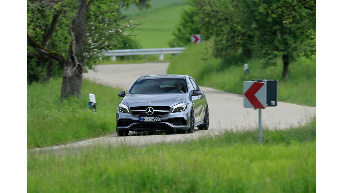 Performmaster-Mercedes-AMG A 45, Frontansicht