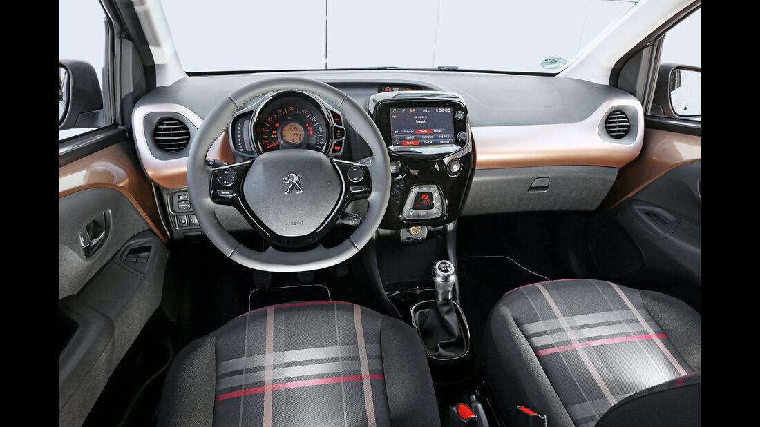 Peugeot 108 e-VTi 68, Cockpit