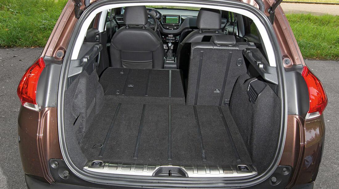 Peugeot 2008 e-HDi 115, Kofferraum, Ladefläche