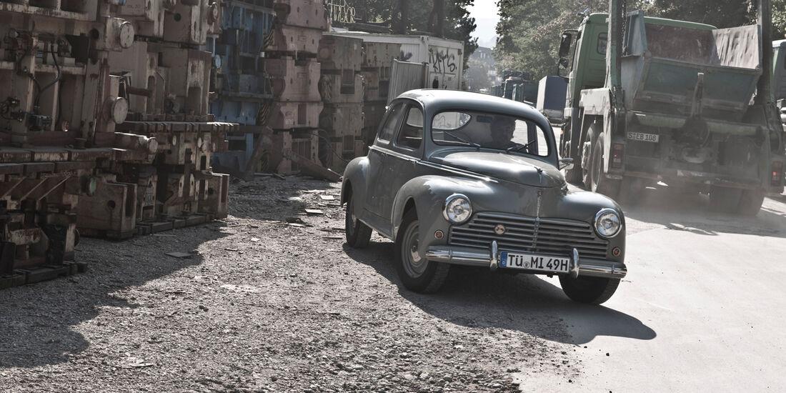 Peugeot 203, Frontansicht, Baustelle