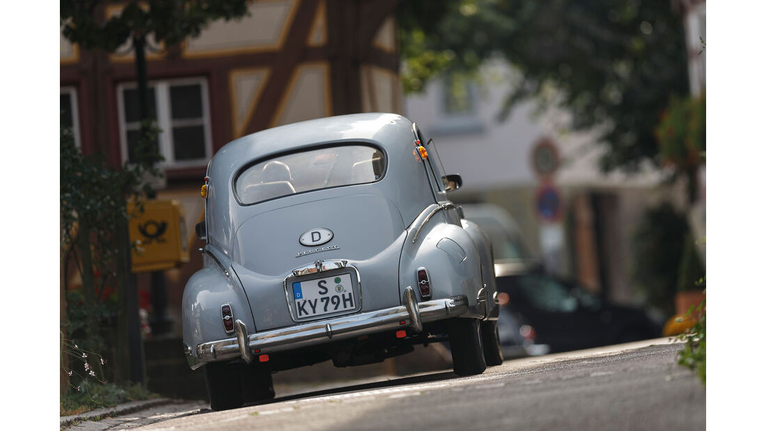 Peugeot-203-Heck