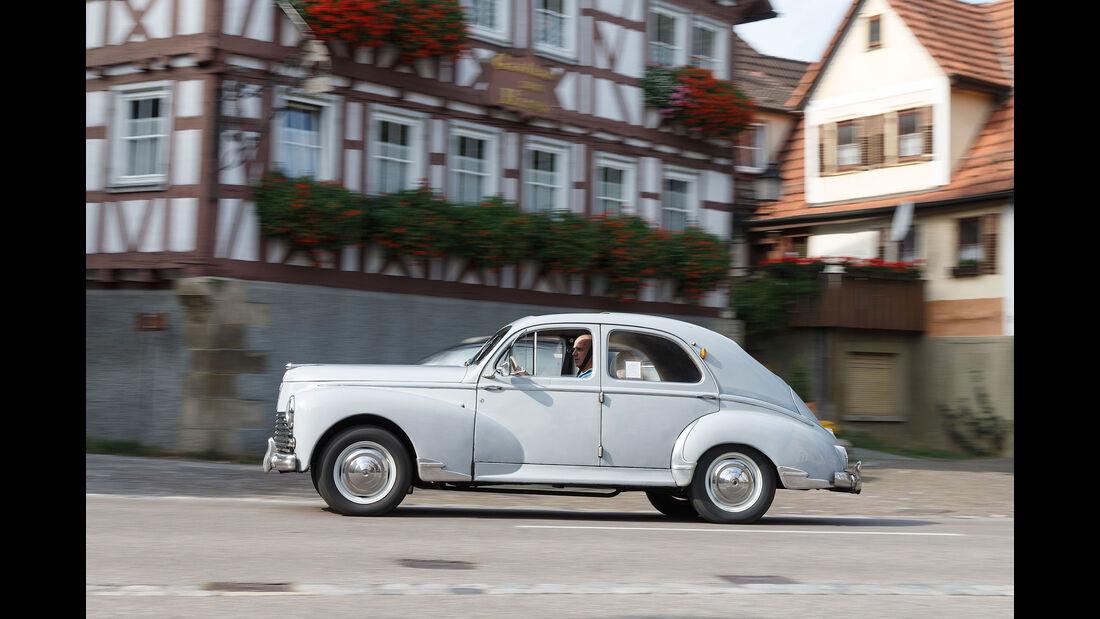 Peugeot-203-Seite