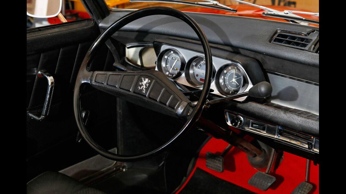 Peugeot 204 Cabriolet, Cockpit, Lenkrad