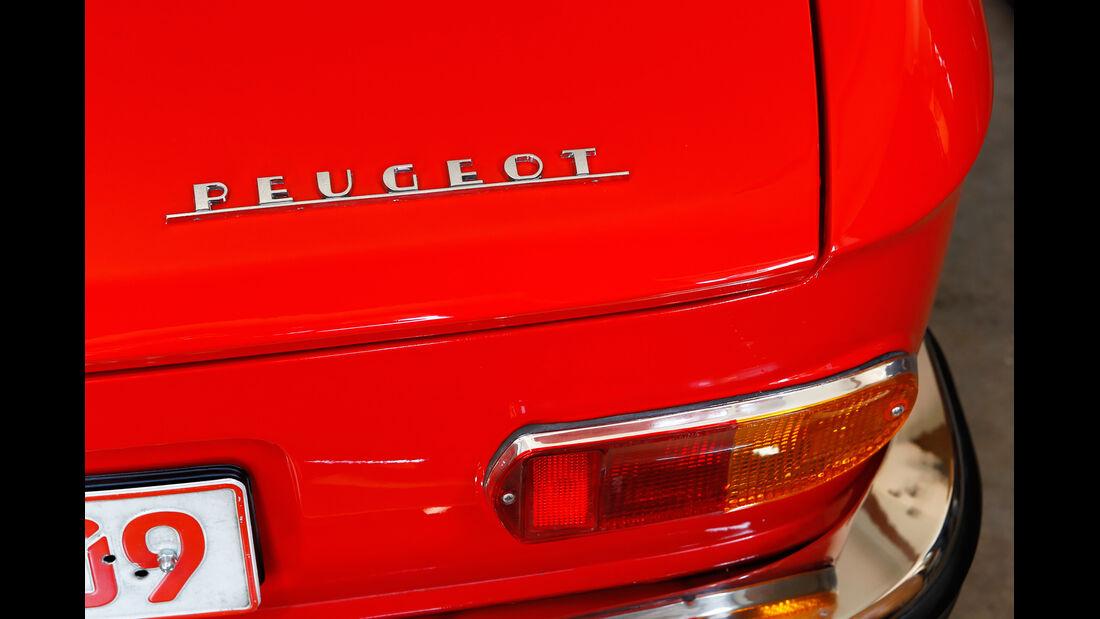 Peugeot 204 Cabriolet, Schriftzug