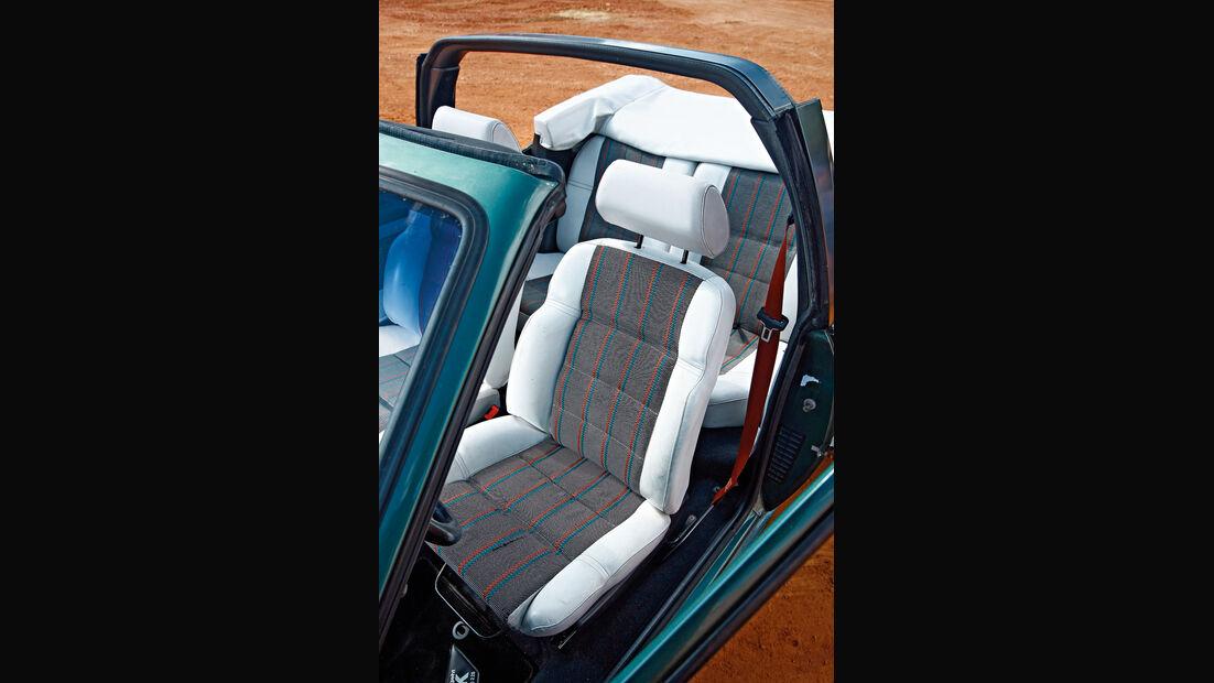 Peugeot 205 Cabrio 1.4 Roland Garros, Sitz