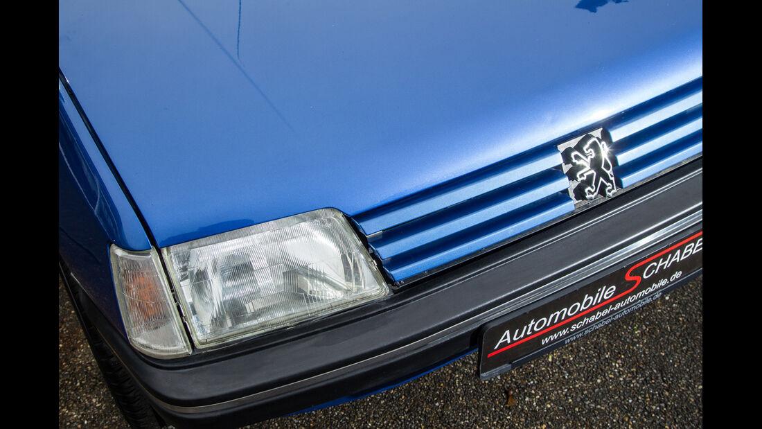Peugeot 205 Cabriolet CJ, Frontscheinwerfer