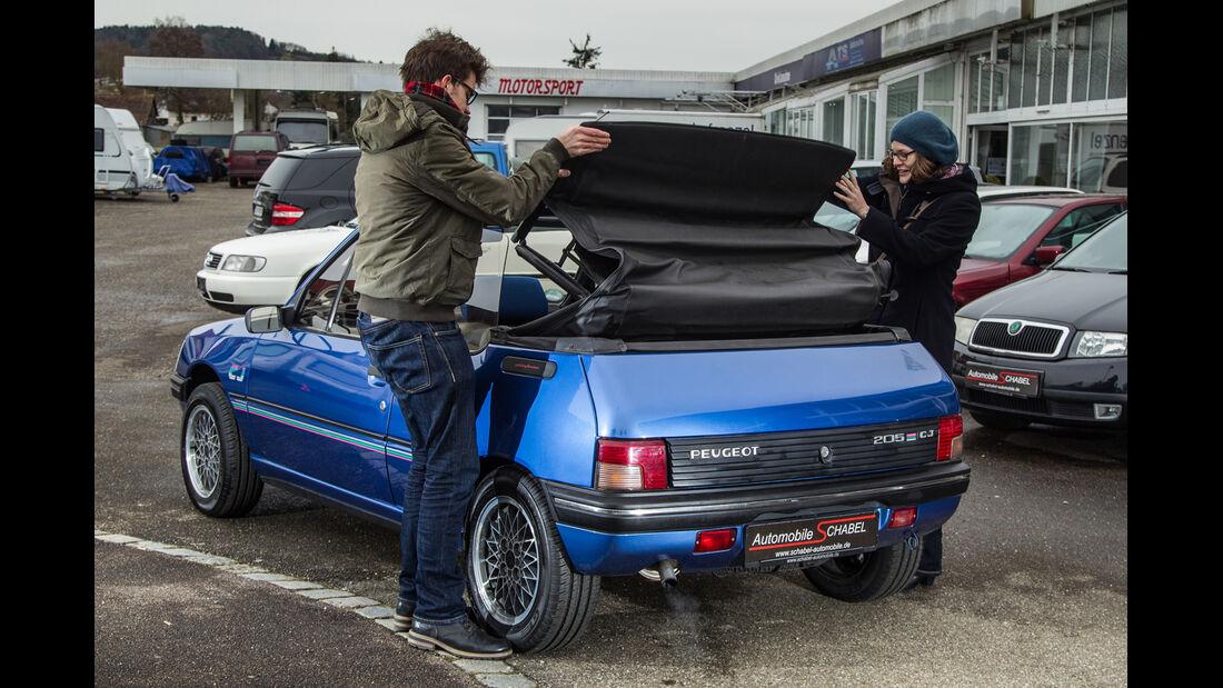 Peugeot 205 Cabriolet CJ, Heckansicht, Verdeck schließen