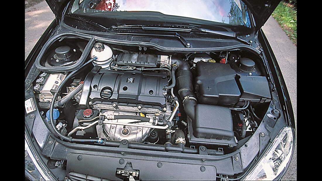 Peugeot 206 CC 110, Motor