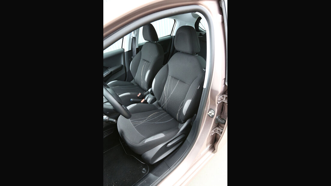 Peugeot 208 82 VTi Active, Fahrersitz
