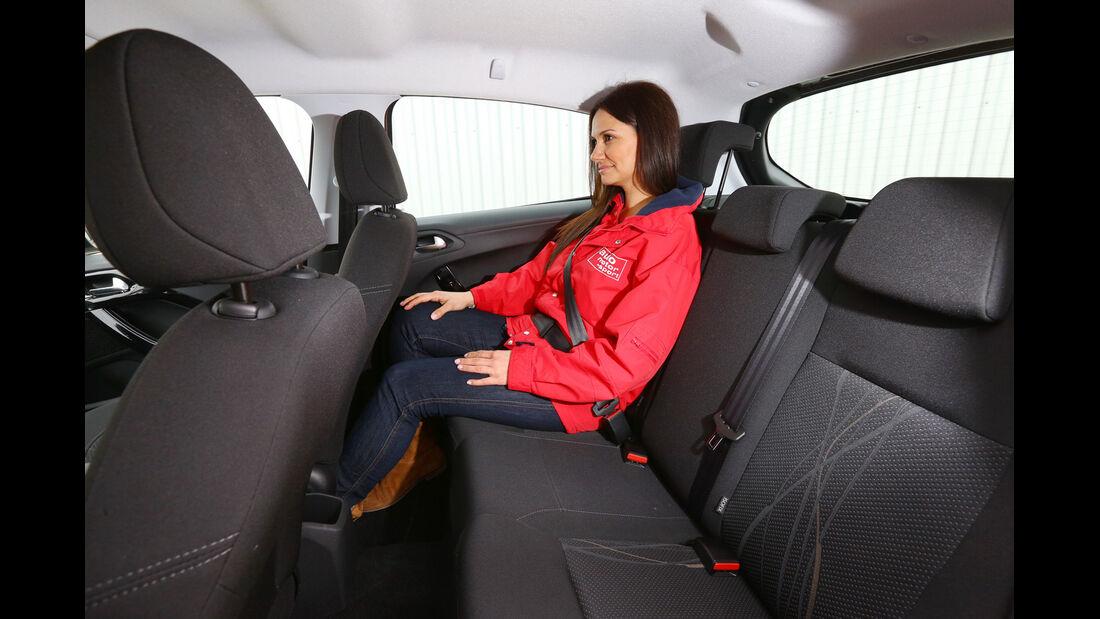 Peugeot 208 82 VTi Active, Rücksitz, Beinfreiheit