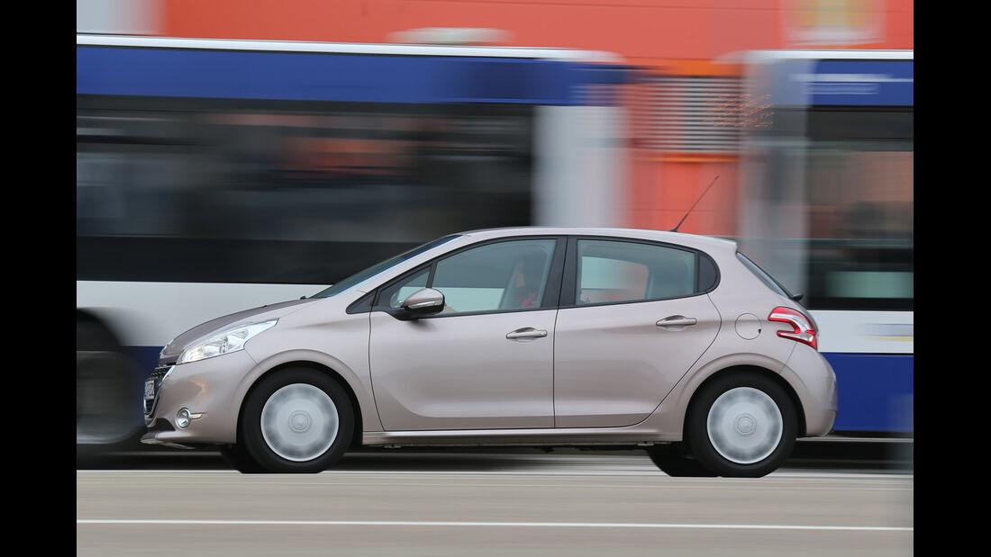 Peugeot 208 82 VTi Active, Seitenansicht