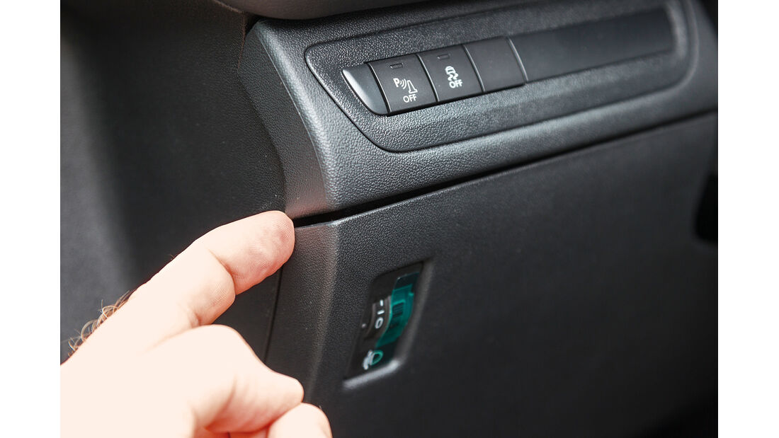 Peugeot 208 82 Vti, Armaturenbrett