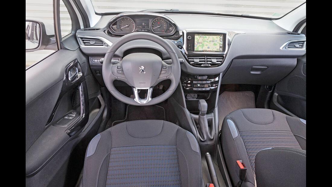 Peugeot 208 82 Vti, Cockpit