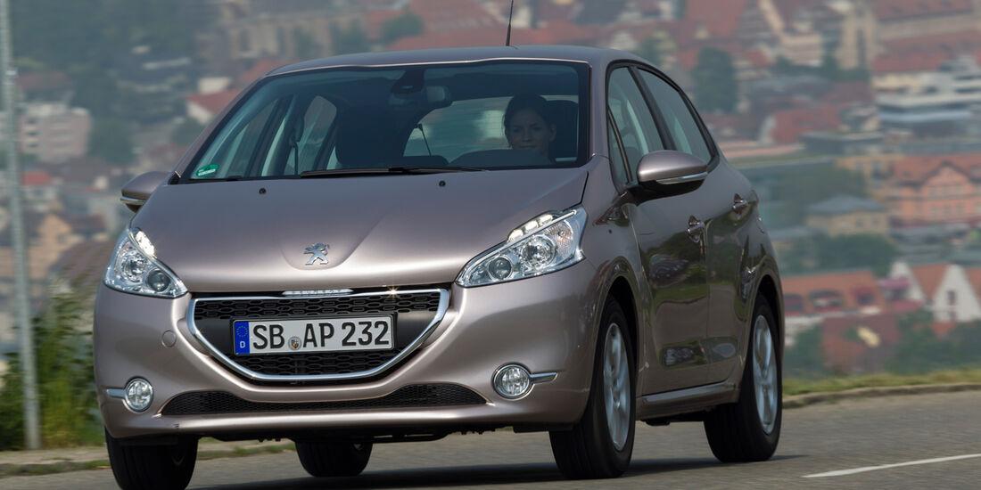 Peugeot 208 82 Vti, Frontansicht