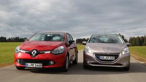 Peugeot 208 82 Vti, Renault Clio TCe 90, Frontansicht