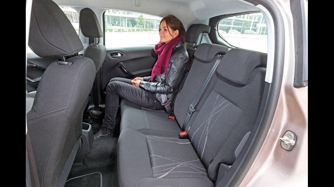 Peugeot 208 82 Vti, Rücksitz, Beinfeiheit