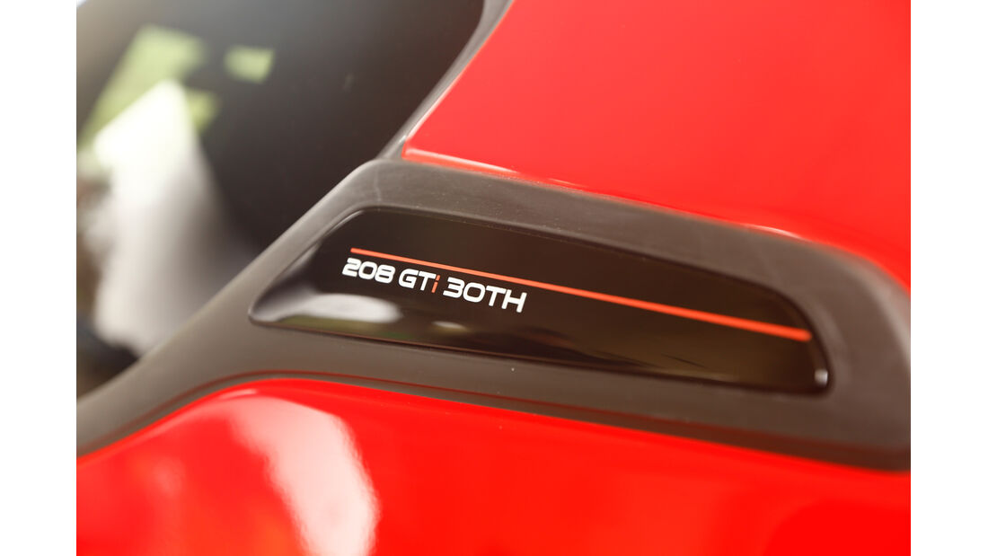 Peugeot 208 GTi 30th, Typenbezeichnung