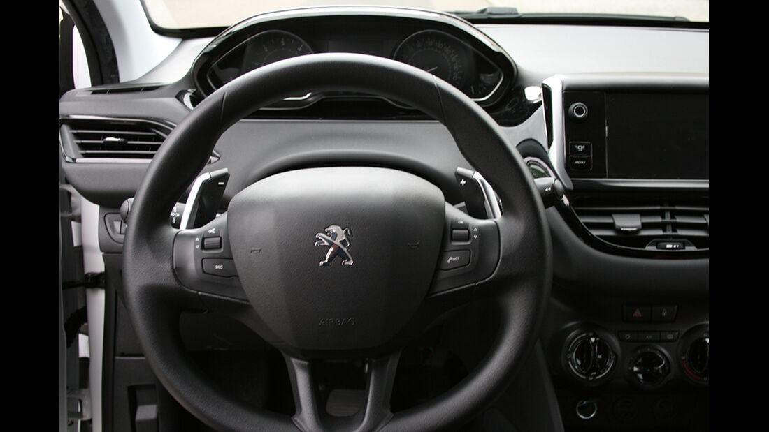 Peugeot 208, Innenraum-Check, Cockpit