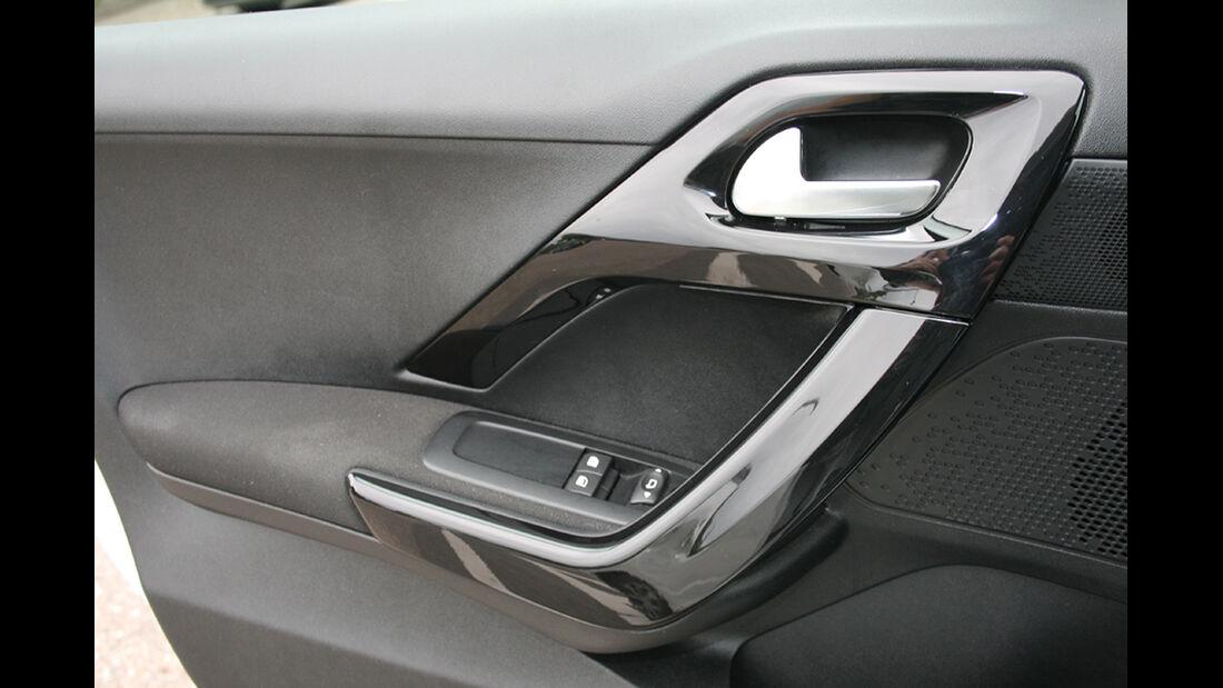 Peugeot 208, Innenraum-Check, Tür