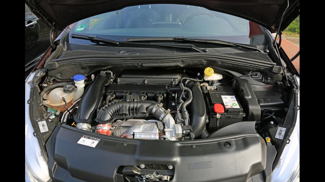 Peugeot 208 XY 155 THP, Motor