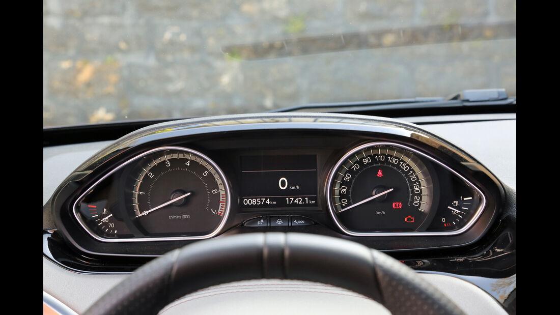 Peugeot 208 XY 155 THP, Rundinstrumente