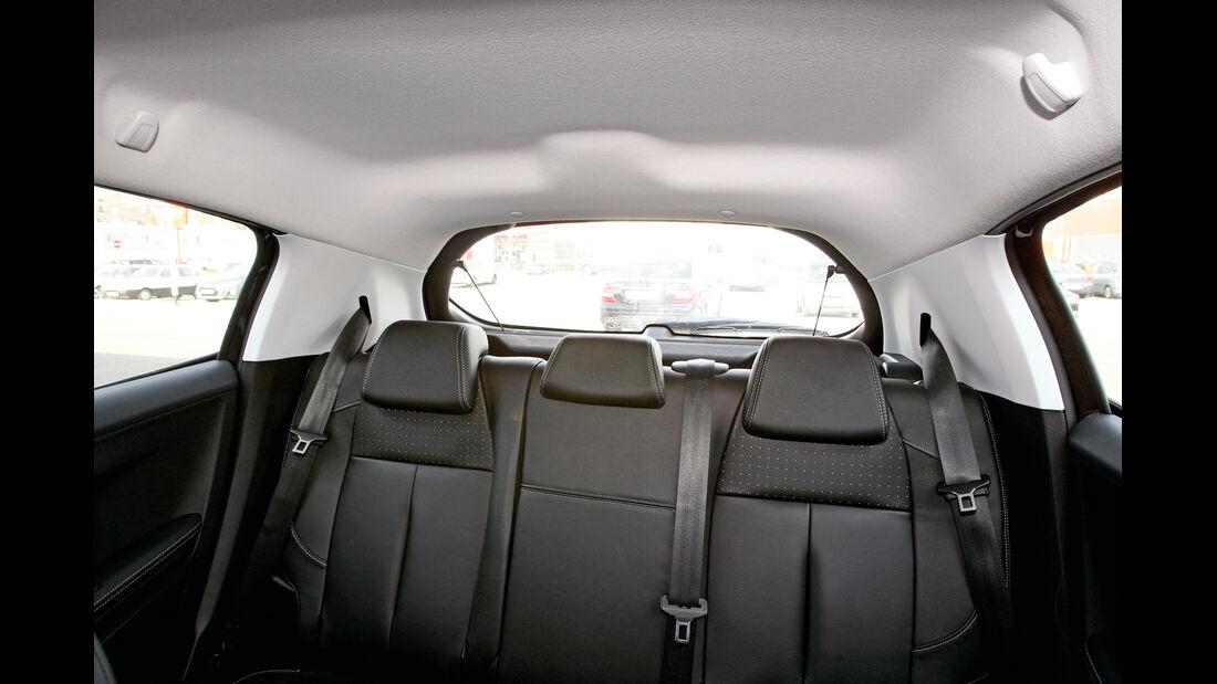 Peugeot 208 e-Hdi 115, Innenraum, Übersicht