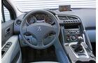 Peugeot 3008 1.6 VTi 120 ACTIVE, Cockpit, Lenkrad
