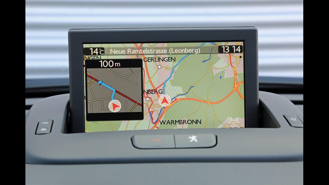 Peugeot 3008 1.6 VTi 120 ACTIVE, Navi, Display