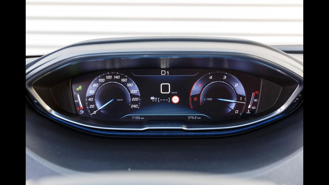 Peugeot 3008 BlueHDi 180, Anzeigeinstrumente