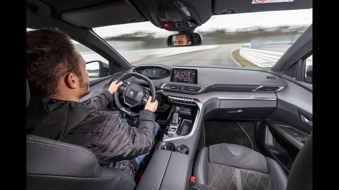 Peugeot 3008 BlueHDi 180, Cockpit