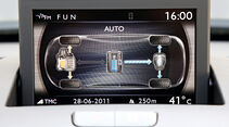 Peugeot 3008 Hybrid4, Display