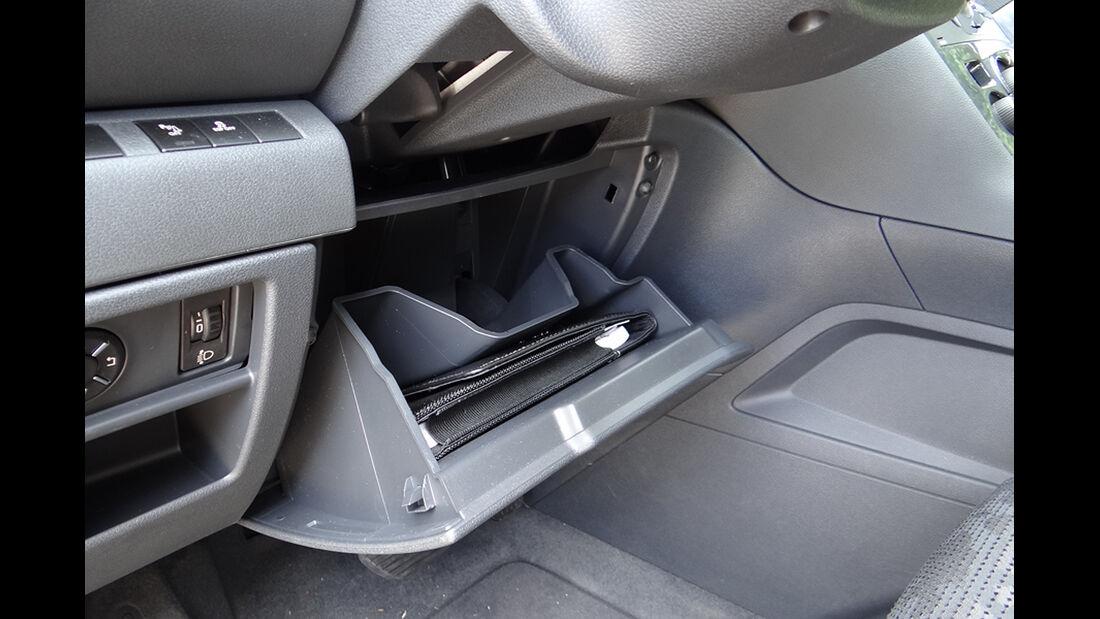 Peugeot 3008, Innenraum-Check, Ablagen, Staufach