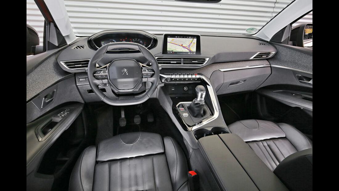 Peugeot 3008 Puretech 130, Cockpit