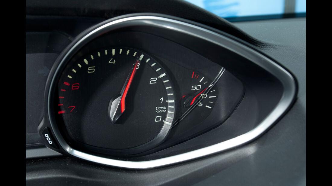 Peugeot 308 125 THP, Drehzahlmesser