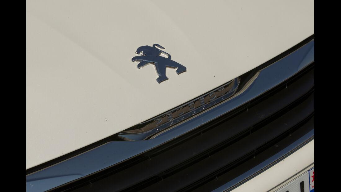 Peugeot 308 125 THP, Emblem