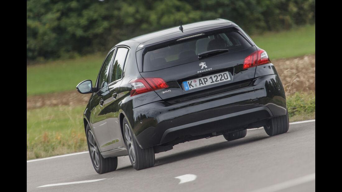 Vergleichstest BMW 116d EDE vs. Peugeot 308 Blue HDi 120 ...