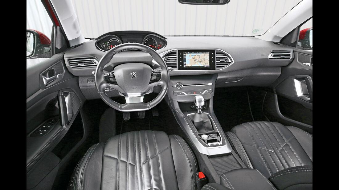 Peugeot 308 BlueHDi 150, Cockpit