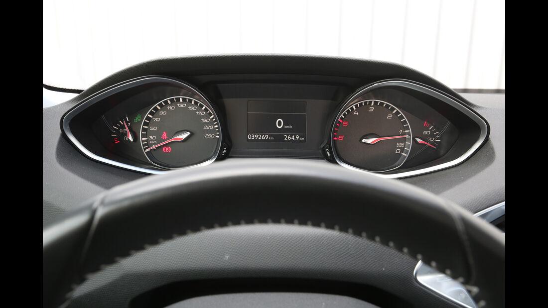 Peugeot 308 BlueHDi 150, Rundinstrumente