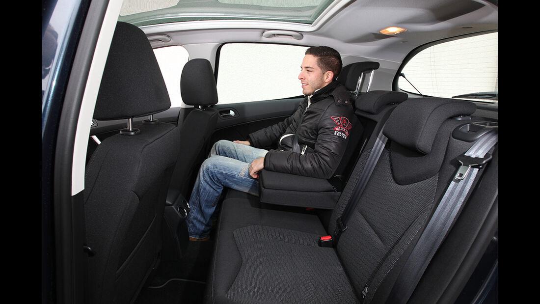 Peugeot 308, Fond