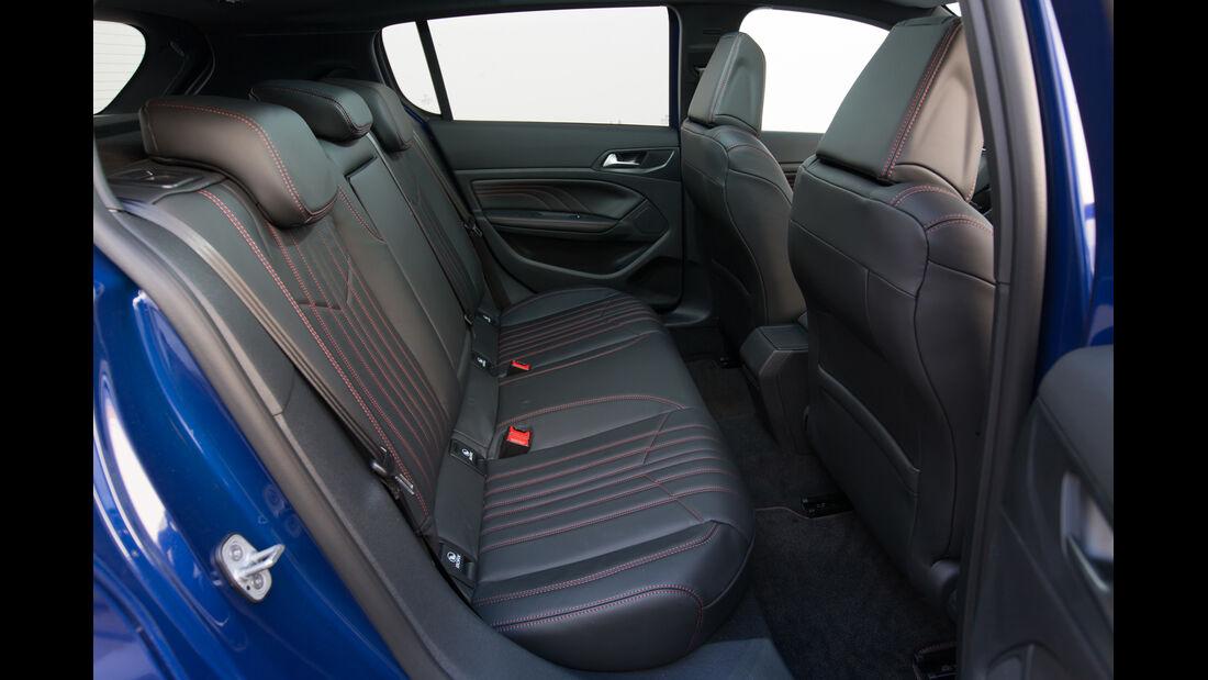Peugeot 308 GT, ams Fahrbericht, Rücksitze
