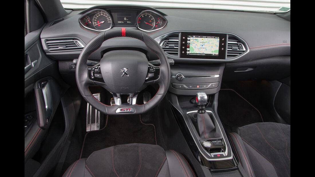 Peugeot 308 GTi THP 270, Cockpit