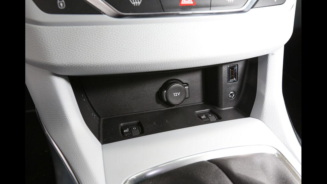 Peugeot 308 e-HDi 115, Anschlüsse, Bedienelemente