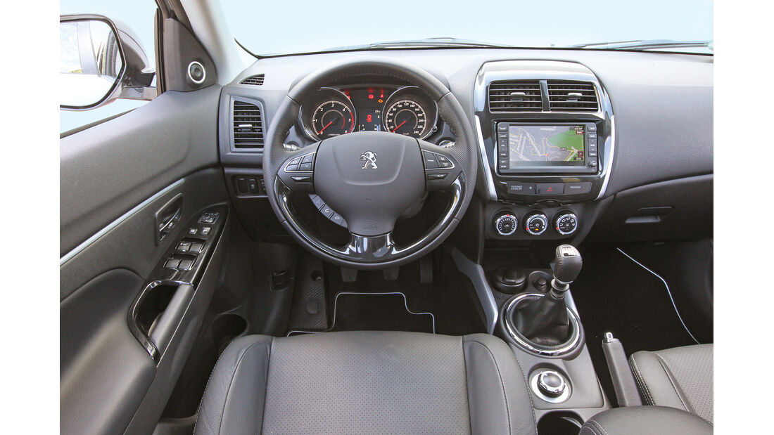 Peugeot 4008 HDi 115 Allure, Cockpit, Lenkrad